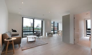 for sale in St. Gabriel Walk, Elephant and Castle, SE1 6FA-View-1