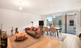 for sale in Victory Place, Elephant and Castle, SE17 1PG-View-1