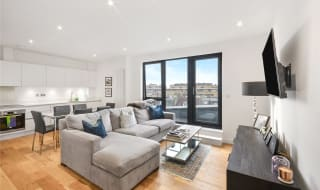 for sale in Waleorde Road, Elephant and Castle, SE17 1GG-View-1