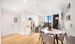 for sale in Walworth Road, Elephant and Castle, SE1 6EE-View-1