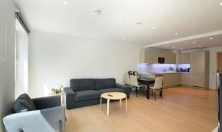 to rent in Baldwin Point, 6 Sayer Street, SE17 1FG-View-1