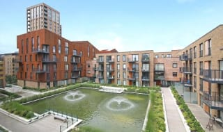 to rent in Baroque Gardens, Grand Canal Avenue, SE16 7EH-View-1