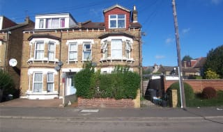 to rent in Cameron Road, Croydon, CR0 2SR-View-1