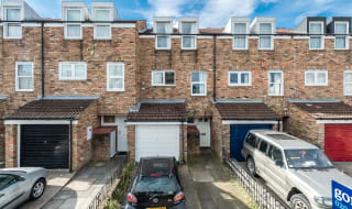 to rent in Chale Road, London, SW2 4JB-View-1