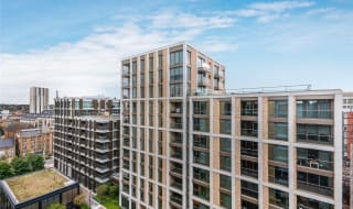 to rent in Chartwell House, 4 Palmer Road, SW11 4FP-View-1
