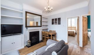 to rent in Garfield Road,, London,, SW11 5PN-View-1