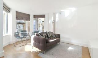 to rent in Knot House, 3 Brewery Square, SE1 2LF-View-1