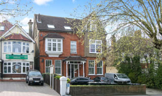 to rent in London Road, Norbury, SW16 4UY-View-1