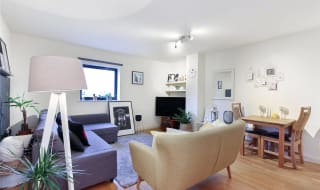 to rent in London Road, Norbury, SW16 4EA-View-1