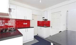 to rent in Northwood Road, Thornton Heath, CR7 8HW-View-1