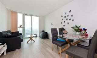 to rent in Pinnacle Apartments, 11 Saffon Central Square, CR0 2GJ-View-1