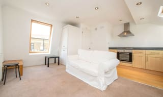 to rent in Queenstown Road, London, SW8 3QD-View-1