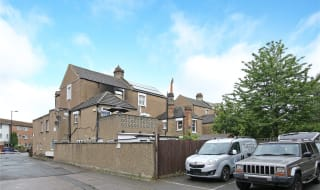 to rent in St. Helen's Road, London, SW16 4LB-View-1