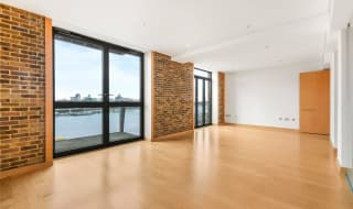 to rent in Tea Trade Wharf, Shad Thames, , SE1 2AS-View-1