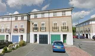 to rent in Turle Road, Norbury, SW16 5QJ-View-1