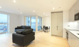 to rent in Walton Heights, 143 Walworth Road, SE17 1FZ-View-1