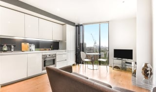 to rent in Walworth Road, London, SE1 6EH-View-1