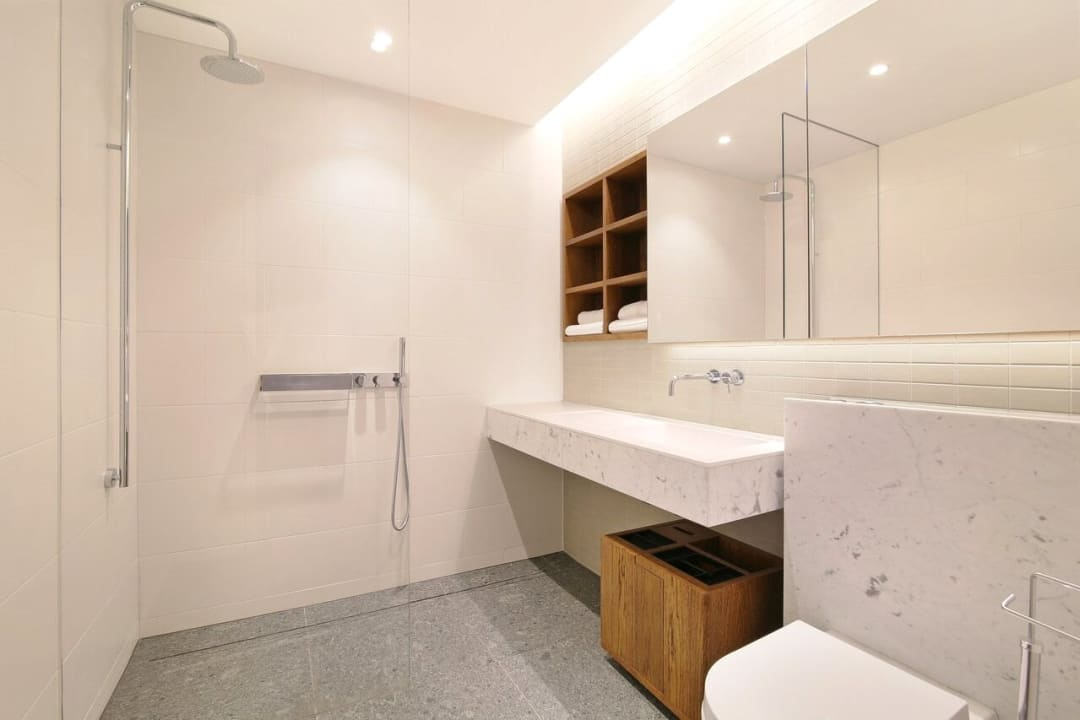 Flat for sale in Abernethy House, 47 Bartholomew Close, EC1A 7BD - view - 3