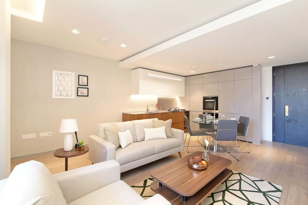 Flat for sale in Abernethy House, 47 Bartholomew Close, EC1A 7BD - view - 4