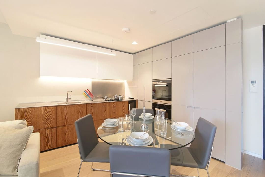 Flat for sale in Abernethy House, 47 Bartholomew Close, EC1A 7BD - view - 9