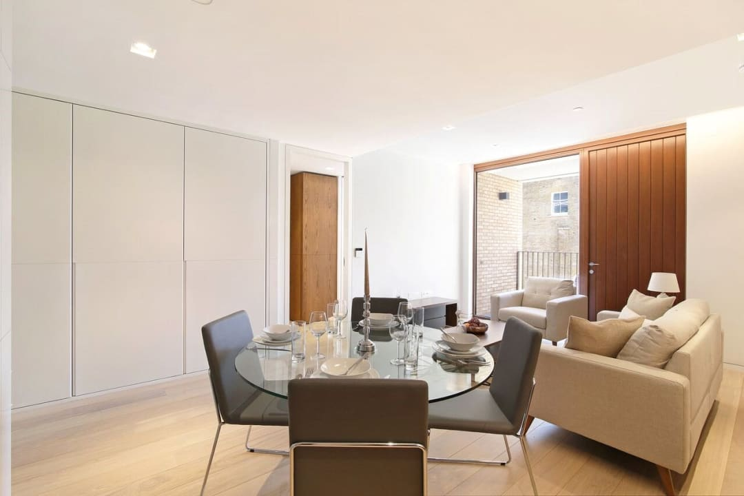 Flat for sale in Abernethy House, 47 Bartholomew Close, EC1A 7BD - view - 10