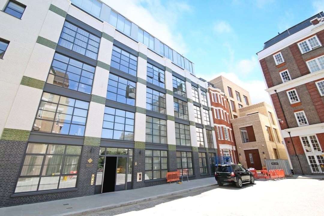 Flat for sale in Abernethy House, 47 Bartholomew Close, EC1A 7BD - view - 12