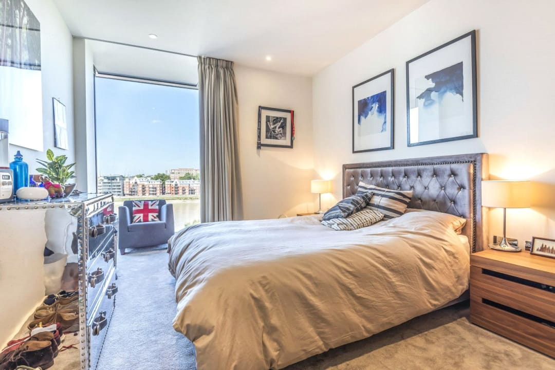 Flat for sale in Ambassador Building, 5 New Union Square, SW11 7BN - view - 5