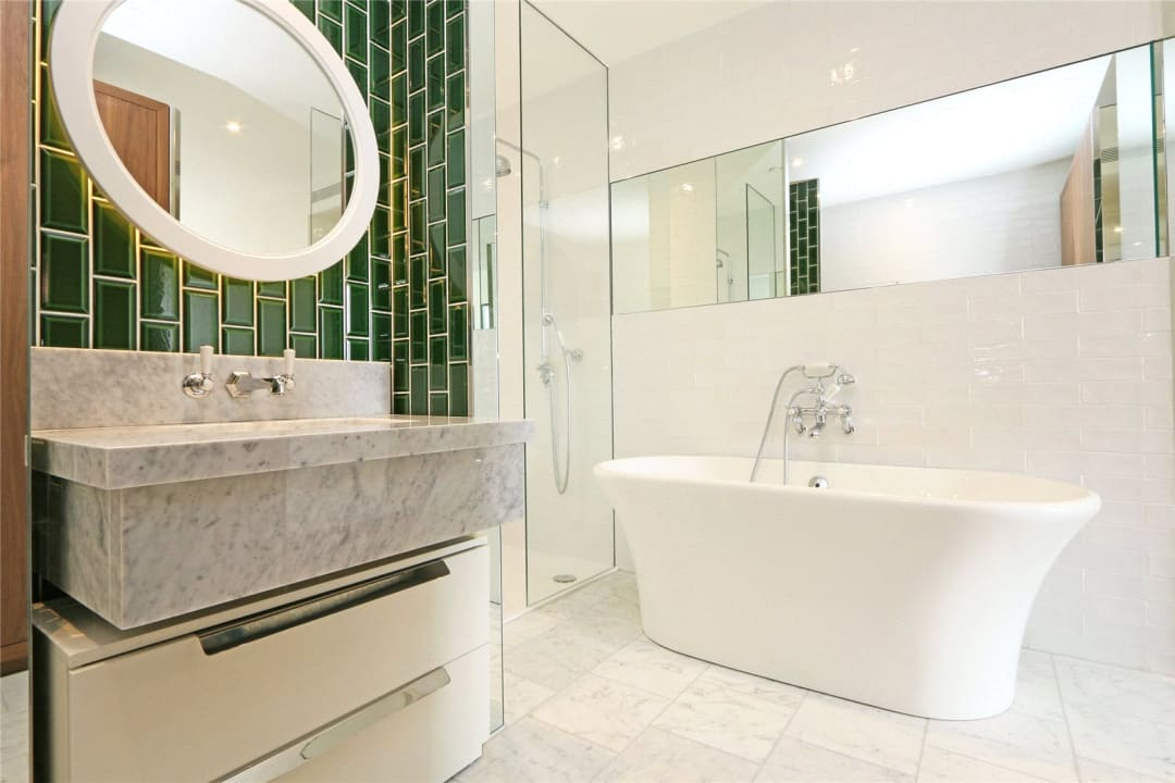 Flat for sale in Ambassador Building, 5 New Union Square, SW11 7BN - view - 6