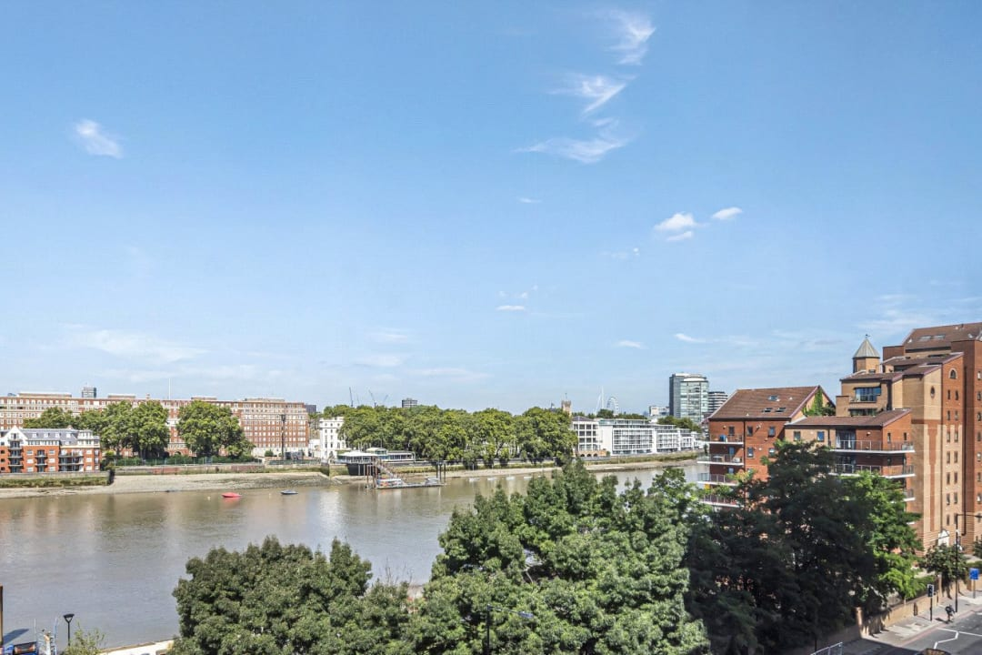 Flat for sale in Ambassador Building, 5 New Union Square, SW11 7BN - view - 7