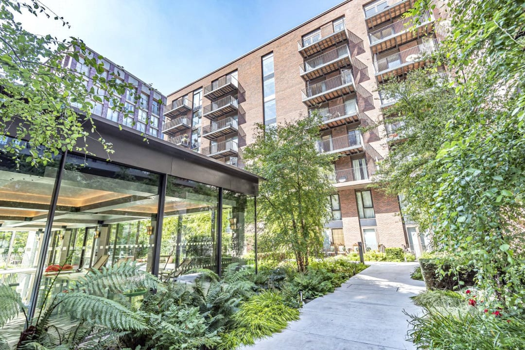 Flat for sale in Ambassador Building, 5 New Union Square, SW11 7BN - view - 13