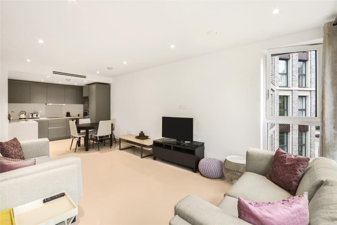 Flat for sale in Blackfriars Road, Blackfriars, SE1 8BW - view - 1