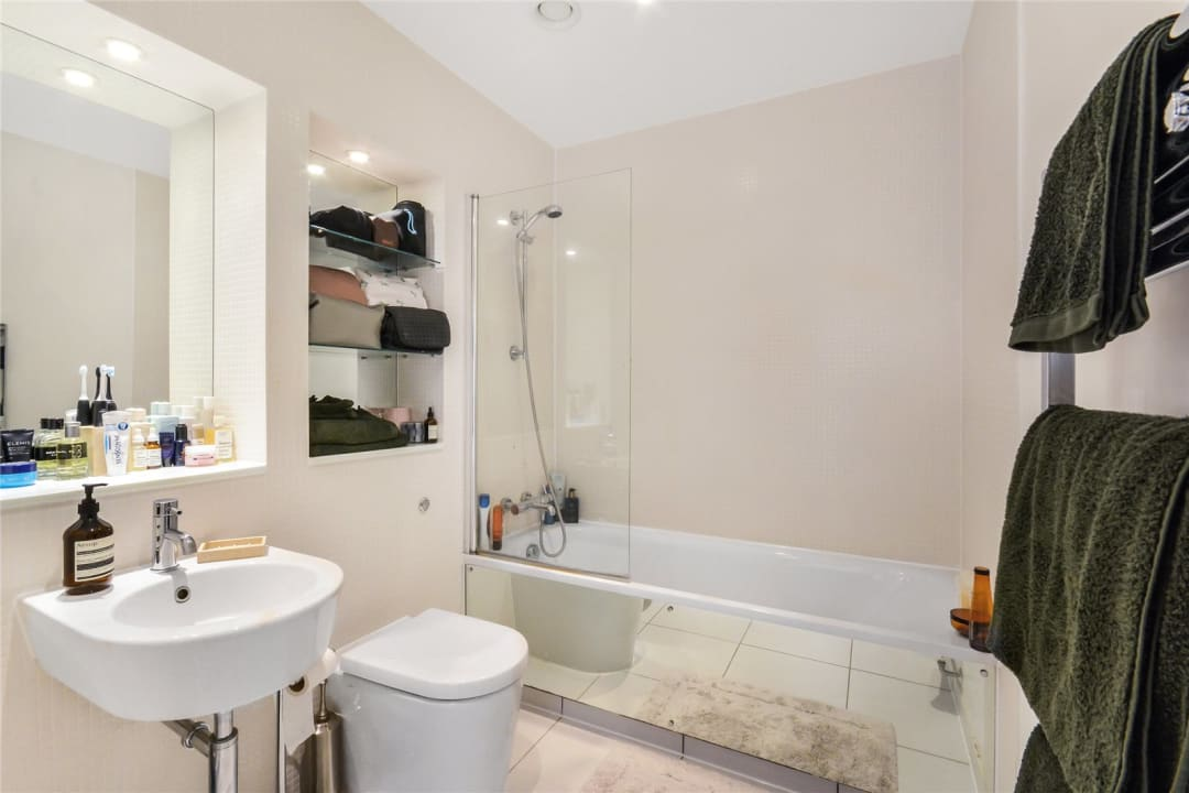 Flat for sale in Causton House, 13 Printers Road, SW9 0BG - view - 6