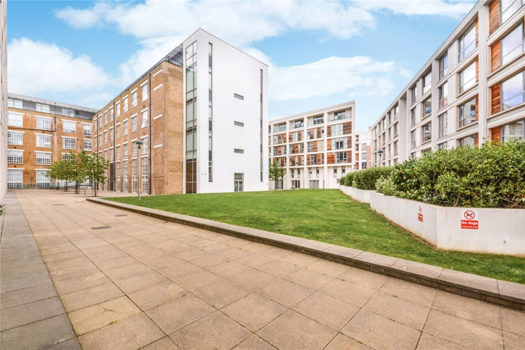 Flat for sale in Causton House, 13 Printers Road, SW9 0BG - view - 12