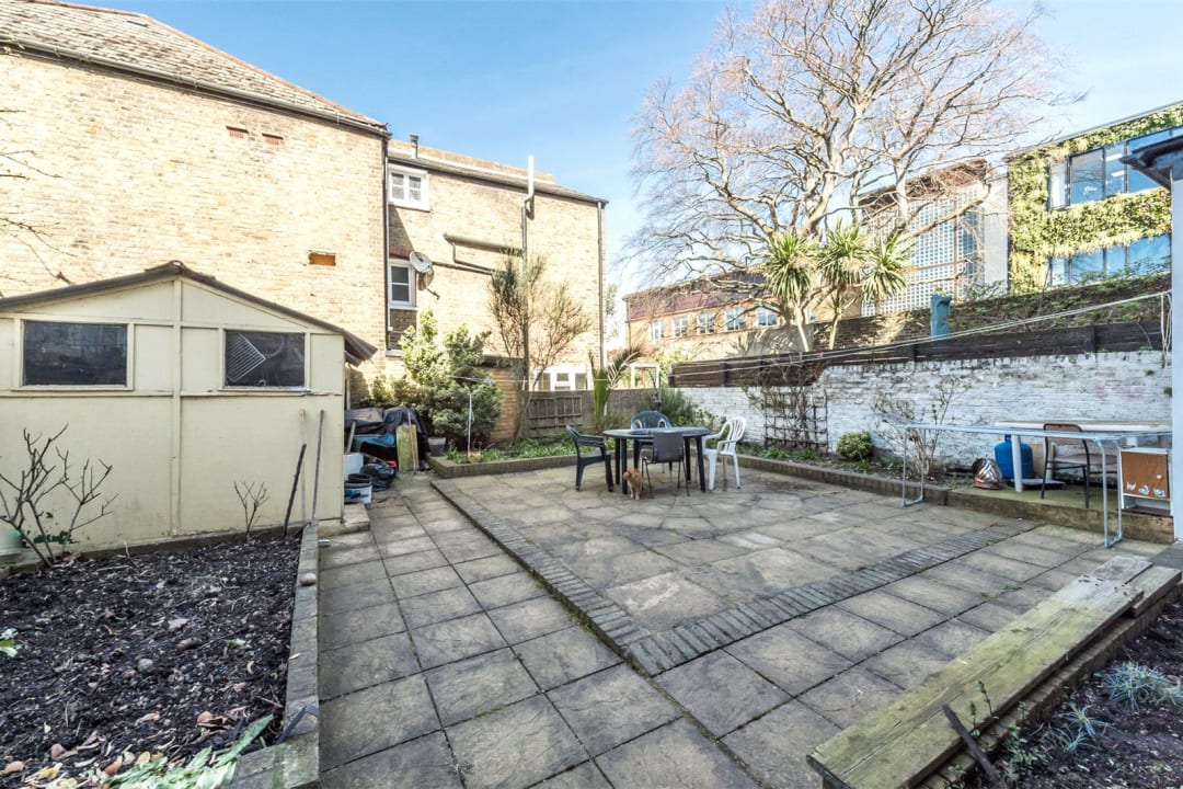 House for sale in Clapham Common North Side, London, SW4 9SA - view - 7
