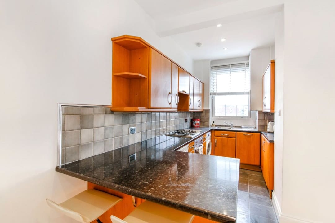 Flat for sale in Devon Mansions, Tooley Street, SE1 2XJ - view - 2