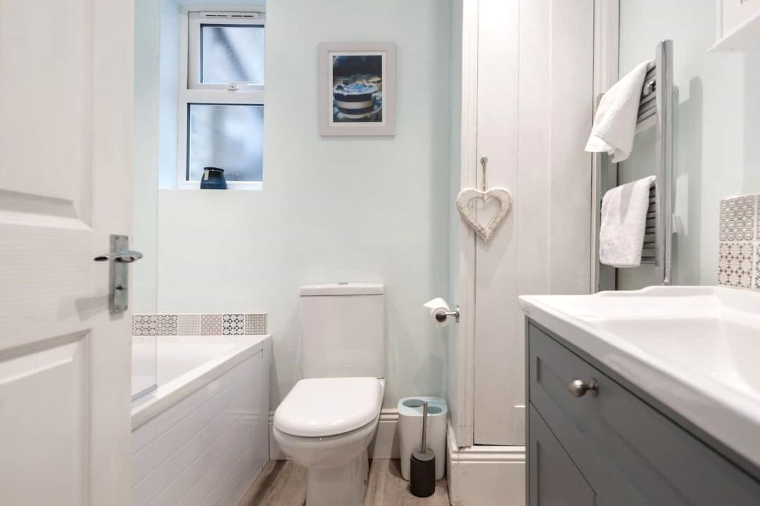 Flat for sale in Elspeth Road, London, SW11 1DS - view - 8
