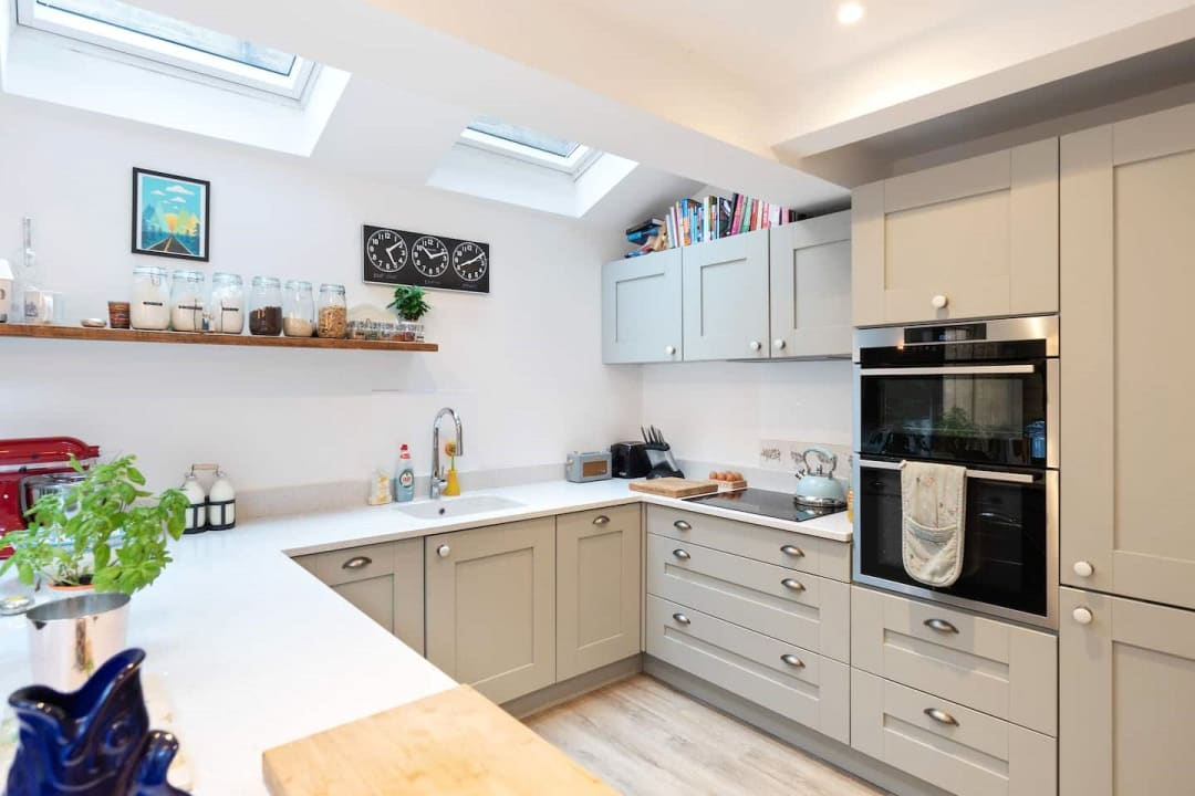 Flat for sale in Elspeth Road, London, SW11 1DS - view - 14