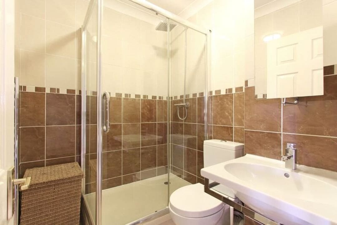Flat for sale in Glamis Place, London, E1W 3EF - view - 8