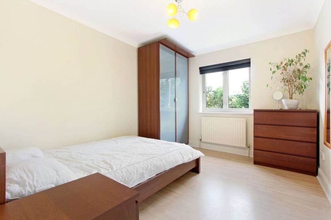 Flat for sale in Glamis Place, London, E1W 3EF - view - 5
