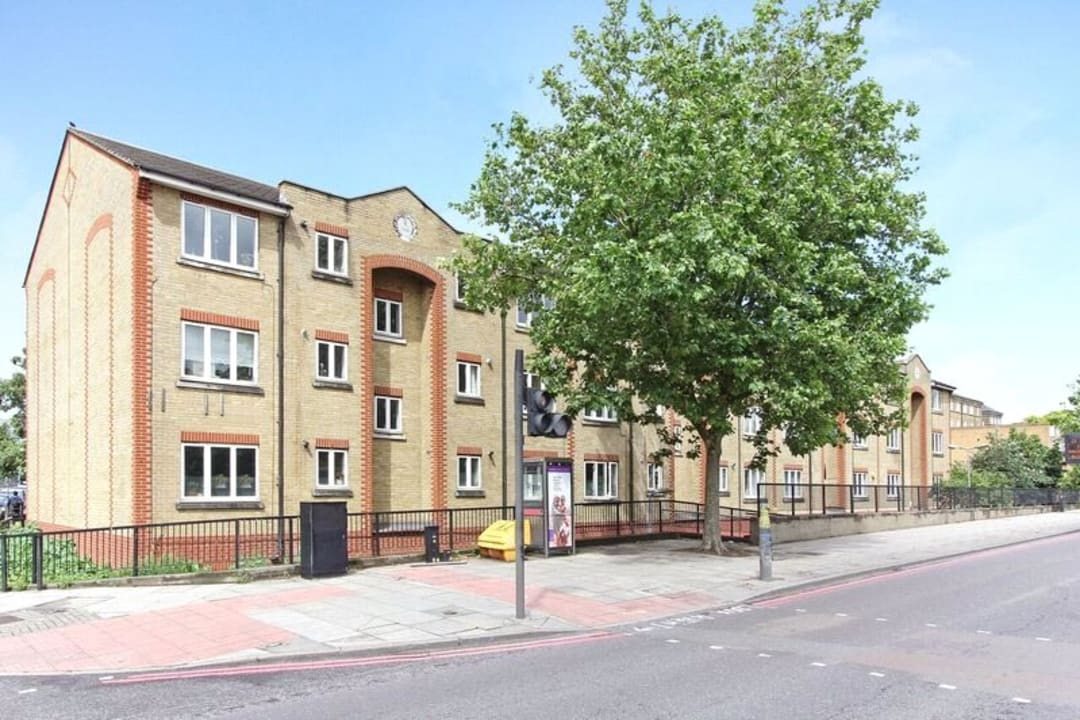 Flat for sale in Glamis Place, London, E1W 3EF - view - 3
