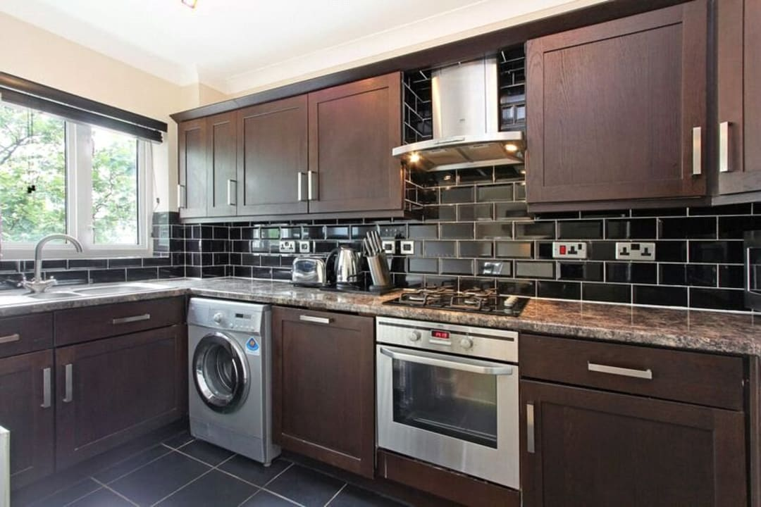 Flat for sale in Glamis Place, London, E1W 3EF - view - 2