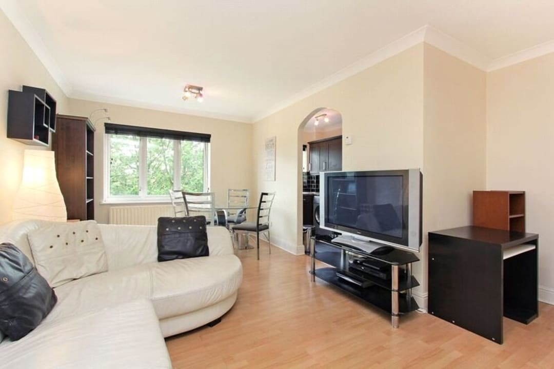 Flat for sale in Glamis Place, London, E1W 3EF - view - 6