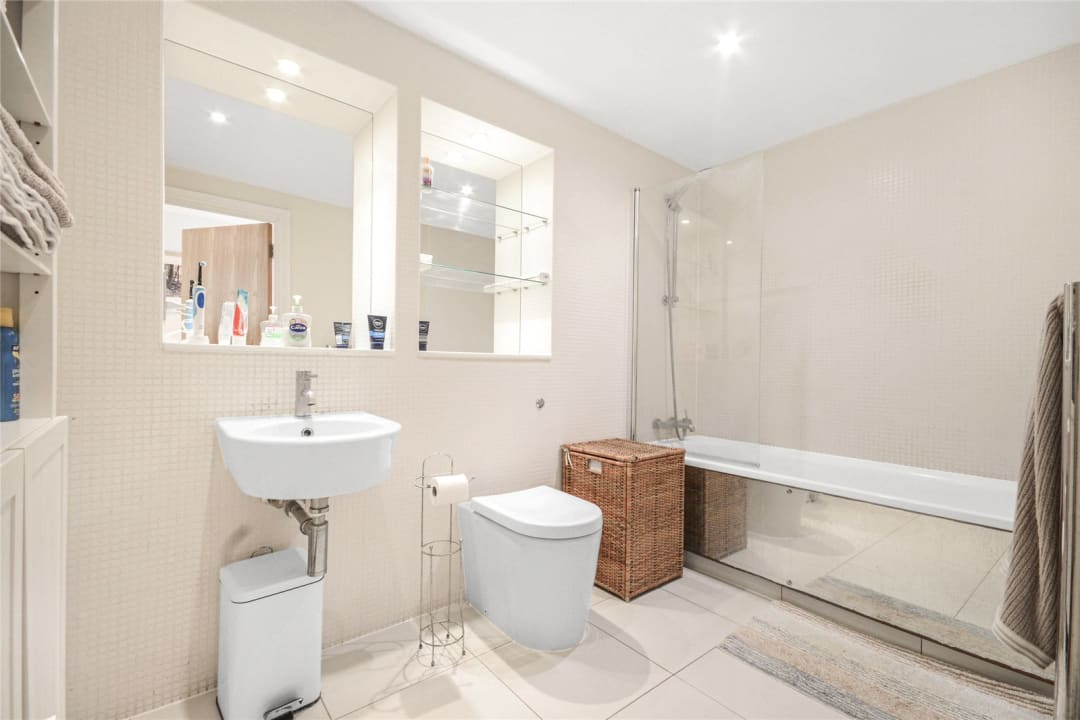 Flat for sale in Grant House, 90 Liberty Street, SW9 0BZ - view - 5