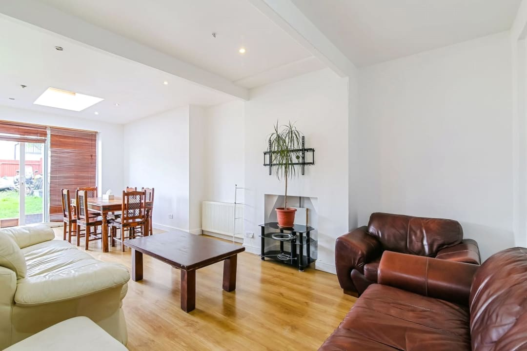 House for sale in Green Lane, London, SW16 3NE - view - 2