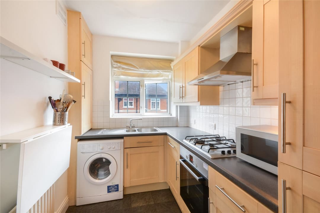 Flat for sale in Hartington Road, London, SW8 2HU - view - 4
