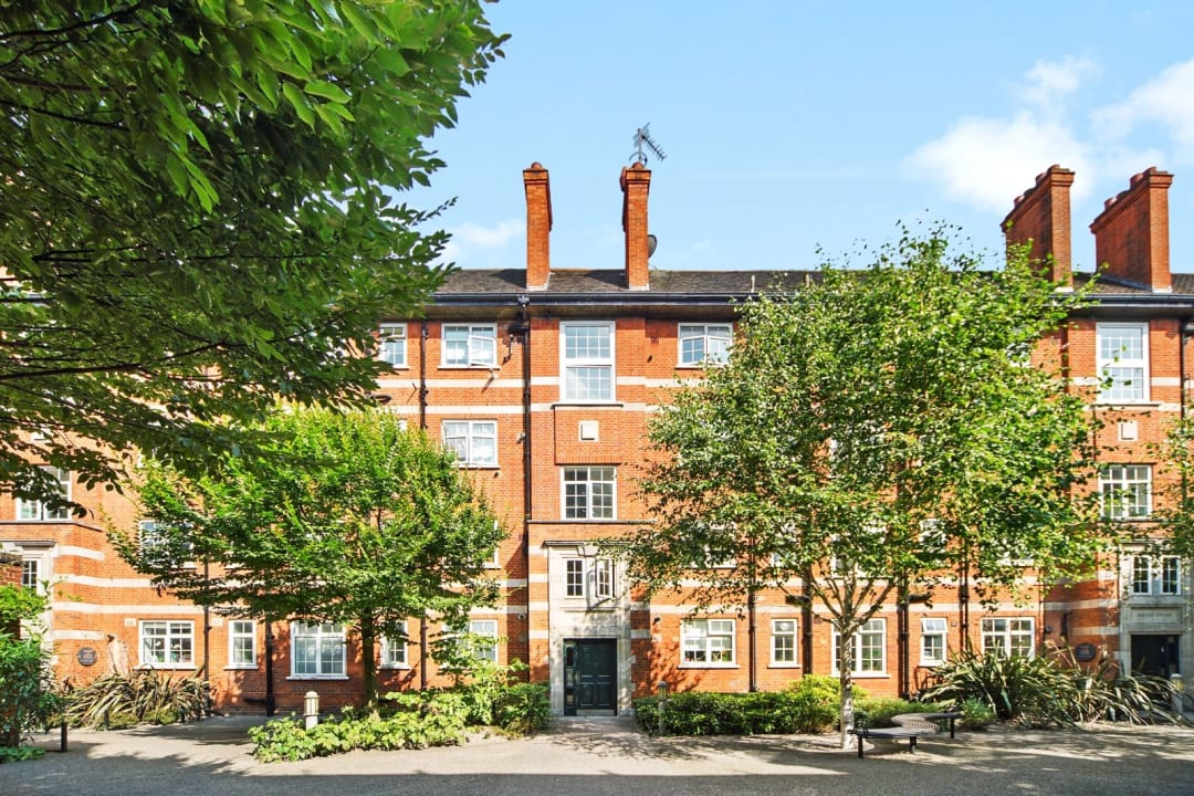 Flat for sale in Hartington Road, London, SW8 2HU - view - 1
