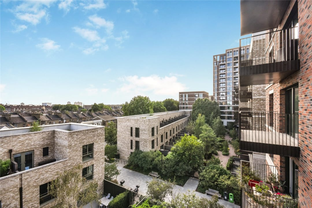 Flat for sale in Heygate Street, Elephant and Castle, SE17 1FQ - view - 8