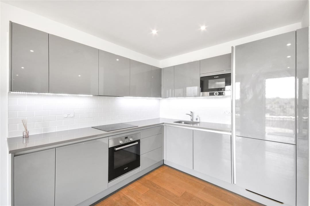 Flat for sale in Heygate Street, Elephant and Castle, SE17 1FQ - view - 9