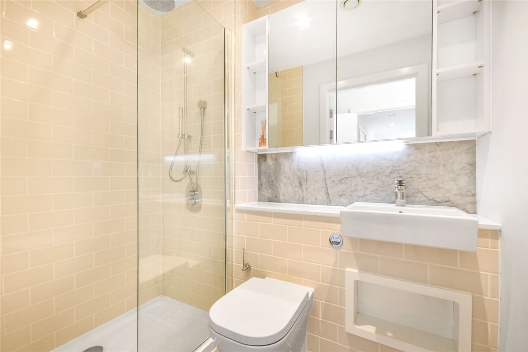 Flat for sale in Heygate Street, Elephant and Castle, SE17 1FQ - view - 12