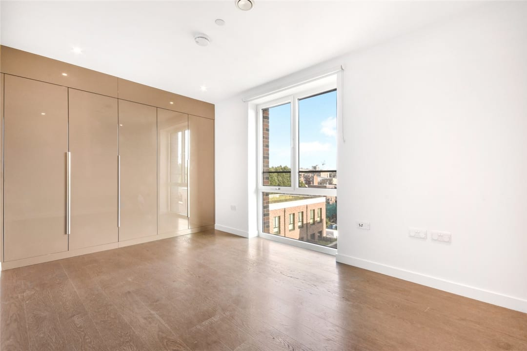 Flat for sale in Heygate Street, Elephant and Castle, SE17 1FQ - view - 4